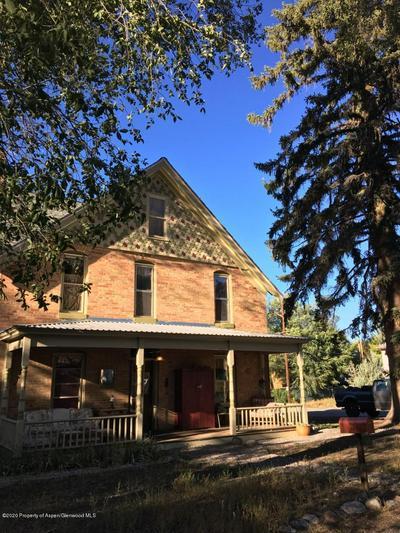 211 EUCLID AVE, Carbondale, CO 81623 - Photo 2