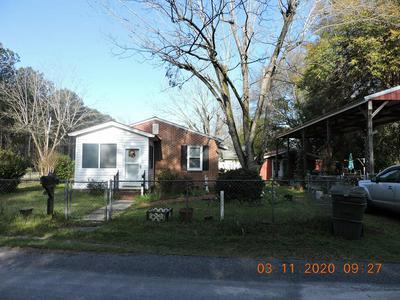11 PORTER ST, WILLISTON, SC 29853 - Photo 1