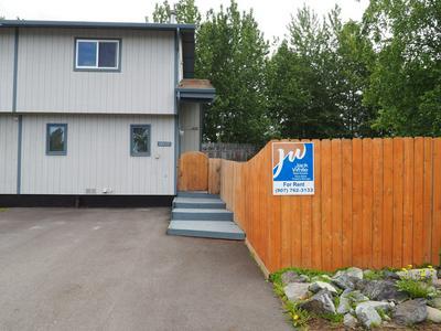 10133 THIMBLE BERRY DR, Anchorage, AK 99515 - Photo 2