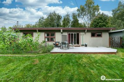 530 W 19TH AVE, Anchorage, AK 99503 - Photo 2
