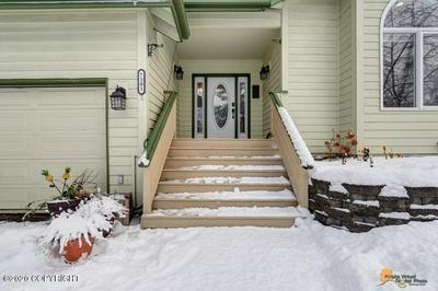 7301 SETTER DR, Anchorage, AK 99502 - Photo 2