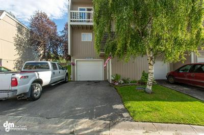 9145 CRANBERRY ST, Anchorage, AK 99502 - Photo 2