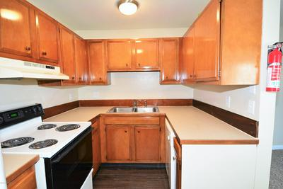 1462 W 26TH AVE APT 19, Anchorage, AK 99503 - Photo 2