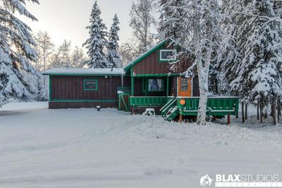 3881 CRESCENT DR, North Pole, AK 99705 - Photo 1