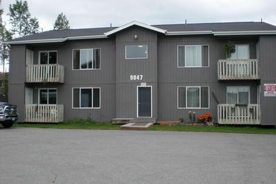 9047 DEWBERRY ST APT 4, Anchorage, AK 99502 - Photo 2