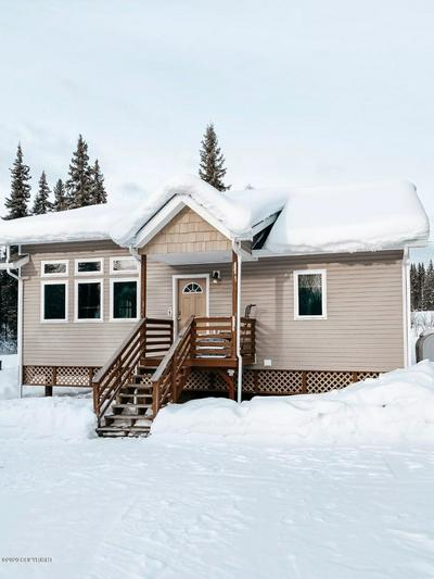 682 TANGLEWOOD RD, Fairbanks, AK 99712 - Photo 1