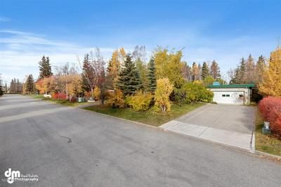 1535 BANNISTER DR, Anchorage, AK 99508 - Photo 2