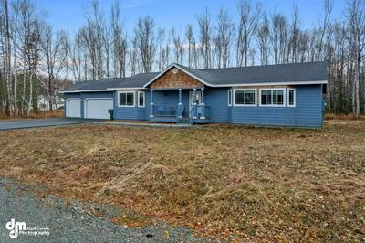 4917 N FLINTSTONE CIR, Wasilla, AK 99654 - Photo 2