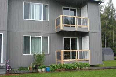 9033 DEWBERRY ST APT 4, Anchorage, AK 99502 - Photo 2