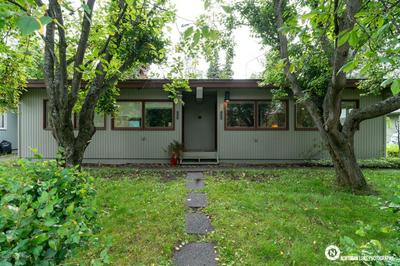 530 W 19TH AVE, Anchorage, AK 99503 - Photo 1