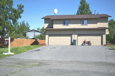 4035 HALE CT, Anchorage, AK 99502 - Photo 2