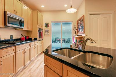 1106 E ST # 6, Anchorage, AK 99501 - Photo 2