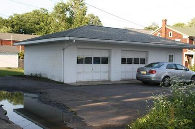 406 S 1ST ST, Bellwood, PA 16617 - Photo 2