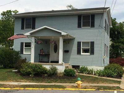 501 HICKORY ST, Hollidaysburg, PA 16648 - Photo 2