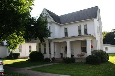 406 S 1ST ST, Bellwood, PA 16617 - Photo 1