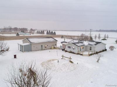11778 N WYMAN RD, Blanchard, MI 49310 - Photo 2