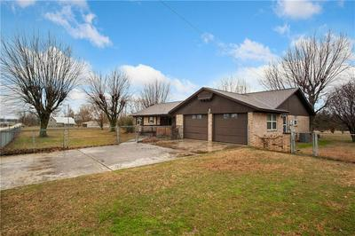 513 S WEST AVE, LINCOLN, AR 72744 - Photo 2