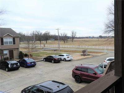 2158 N GARLAND AVE APT 6, Fayetteville, AR 72704 - Photo 2