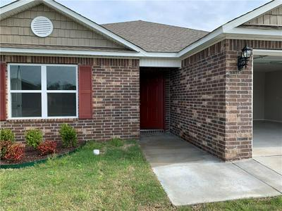 509 W FITCHBERG ST, Siloam Springs, AR 72761 - Photo 2