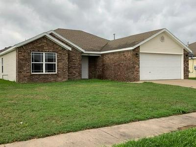 904 ALMOND ST SW, Gravette, AR 72736 - Photo 1
