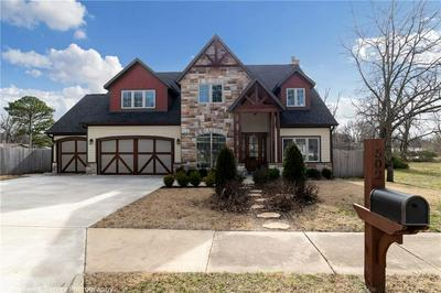 502 W OLIVE ST, ROGERS, AR 72756 - Photo 2
