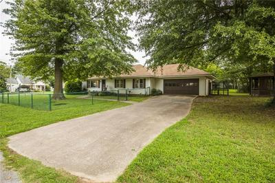 211 W PARK ST, Lincoln, AR 72744 - Photo 2