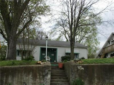 415 S MAXWELL ST, Siloam Springs, AR 72761 - Photo 2
