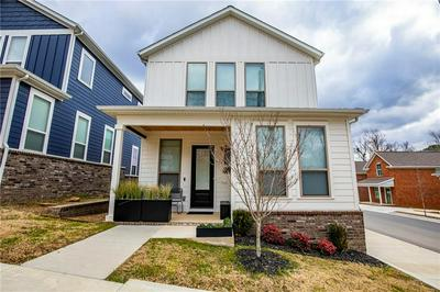 238 S COLLEGE AVE, Fayetteville, AR 72701 - Photo 1