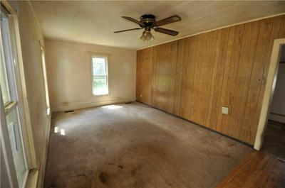 509 S WEST AVE, Lincoln, AR 72744 - Photo 2