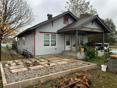 2881 HABBERTON RD, Springdale, AR 72764 - Photo 2
