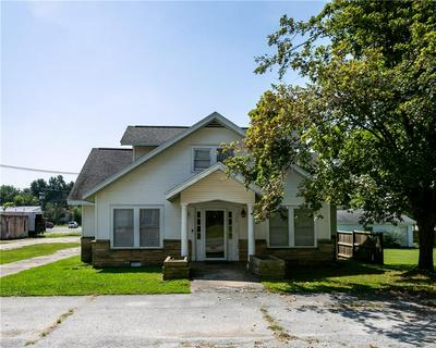 206 W PARK ST, LINCOLN, AR 72744 - Photo 2