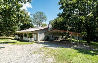 9649 N SPRING VALLEY RD, Gravette, AR 72736 - Photo 2