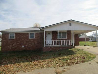 906 N COLLEGE ST, Huntsville, AR 72740 - Photo 1