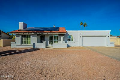 3926 W KELTON LN, Phoenix, AZ 85053 - Photo 2