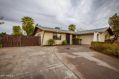 3616 W BANFF LN, Phoenix, AZ 85053 - Photo 2