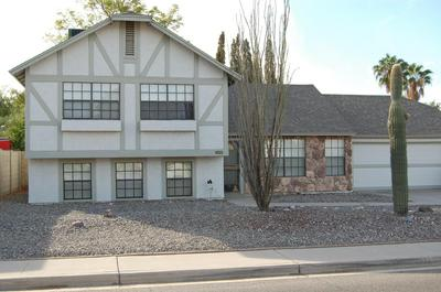 1025 E UTOPIA RD, Phoenix, AZ 85024 - Photo 1