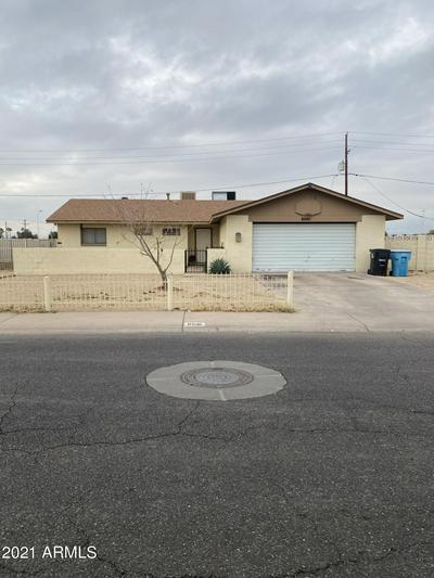 6541 W DEVONSHIRE AVE, Phoenix, AZ 85033 - Photo 1