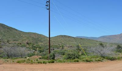 214 B W SCRUB OAK ROAD, Kirkland, AZ 86332 - Photo 2