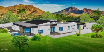 5601 N DELOS CIR, Paradise Valley, AZ 85253 - Photo 2