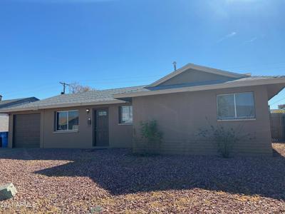8201 W CLARENDON AVE, Phoenix, AZ 85033 - Photo 2