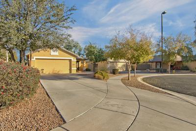 4045 S SUMMER CT, Gilbert, AZ 85297 - Photo 1