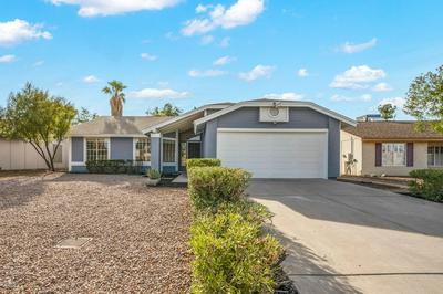 225 W WICKIEUP LN, Phoenix, AZ 85027 - Photo 2