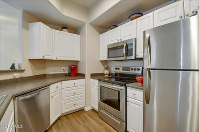13700 N FOUNTAIN HILLS BLVD APT 109, Fountain Hills, AZ 85268 - Photo 1