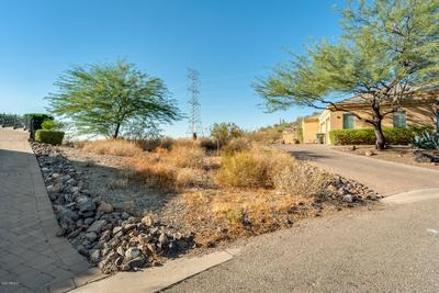 6226 W SAGUARO PARK LN # 5, Glendale, AZ 85310 - Photo 2