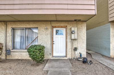 3605 W BETHANY HOME RD APT 21, Phoenix, AZ 85019 - Photo 2
