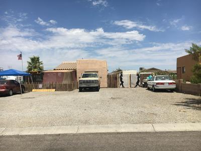 10277 S CYCLONE AVE, Yuma, AZ 85365 - Photo 1