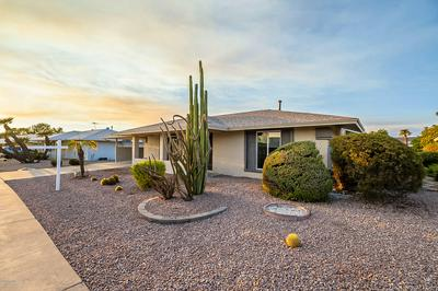 10710 W CAMELOT CIR, Sun City, AZ 85351 - Photo 2