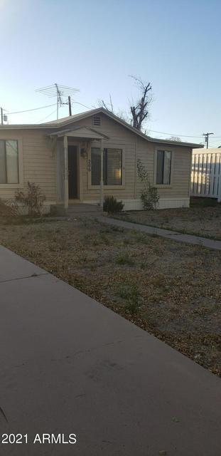 206 N PALM ST, Gilbert, AZ 85234 - Photo 1