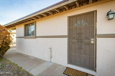 6027 S 19TH PL, Phoenix, AZ 85042 - Photo 2