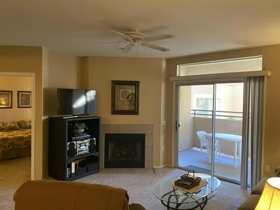 10410 N CAVE CREEK RD UNIT 1053, Phoenix, AZ 85020 - Photo 1